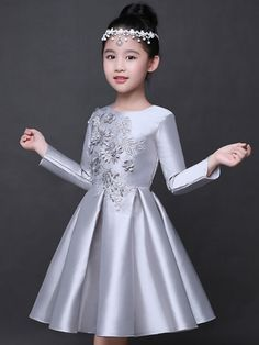 Fashion Jewelry For Toddlers Best Party Dresses, Baby Girl Party Dresses, Little Girl Dresses, Cute Dresses, Girls Dresses, Flower Girl Dresses, Dress Party, Baby Girl Frocks, Frocks For Girls