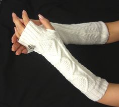 Knitted arm warmers -  Arm Warmers - - knit gloves with Italian buttons - womens Fingerless Gloves -White Ivory