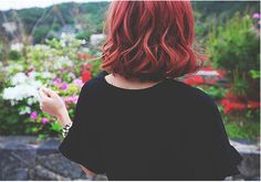 If you are looking for a new, bright and eye-catching hair color this bob hairstyles with red hair color shades will be your guide to a beautiful hair color. Pretty Hairstyles, Bob Hairstyles, Hairstyle Men, Formal Hairstyles, Hair Inspo, Hair Inspiration, Inspo Cheveux, Chise Hatori, The Ancient Magus Bride