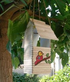 Before you begin even the simplest of projects, you'll need some basic tools. Theme Nature, Deco Nature, Bird House Feeder, Bird Feeders, Woodworking Kit For Kids, Woodworking Plans, Crafts To Do, Crafts For Kids, Diy Popsicle Stick Crafts