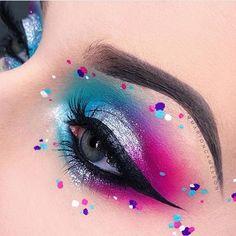 Wunderschöne coole Augen Make-up Ideen. - Makeup Looks Yellow - Make-up Bright Eye Makeup, Makeup Eye Looks, Eye Makeup Art, Colorful Eye Makeup, Crazy Makeup, Eye Art, Cute Makeup, Eyeshadow Makeup, Beauty Makeup