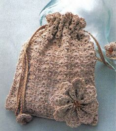 Crochet Batwa Patterns : ... crochet sachets senteur fleurs et applications au crochet fleurs