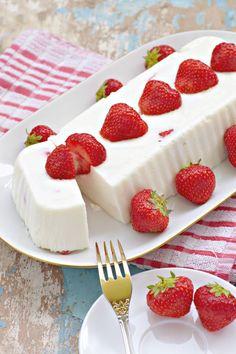 Jogurtová torta - Recept pre každého kuchára, množstvo receptov pre pečenie a varenie. Recepty pre chutný život. Slovenské jedlá a medzinárodná kuchyňa