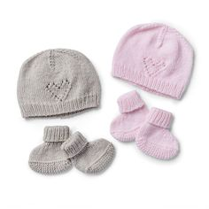 Bernat Cutie Booties and Cap to Knit Pattern | Yarnspirations