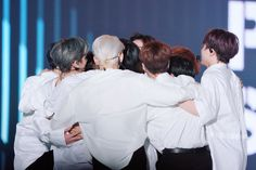 group hug on their debut showcase! Innocent Man, Love U Forever, Fandom, Picture Credit, Flower Boys, Feel Tired, New Music, How To Stay Healthy, Entertainment
