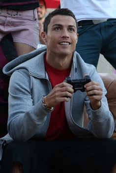 New Sport Football Soccer Real Madrid Cristiano Ronaldo 42 Ideas Real Madrid Cristiano Ronaldo, Cr7 Ronaldo, Cristiano Ronaldo Juventus, Neymar, Messi, Funchal, Portugal National Team, Good Soccer Players, Soccer Stars