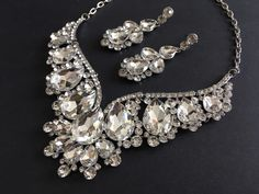 Excited to share this item from my shop: Victorian necklace, jewelry set, bridal necklace, rhinestones necklace, bridal jewelry, wedding bridal set, earring set, crystals necklace #silver #wedding #artdeco #classic #jewelryset #weddingset #bridalnecklace