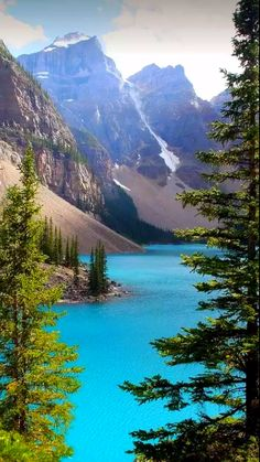 Lake Moraine East Kootenay British Columbia by Tony Hisgett is part of Nature - Landscape Photos, Landscape Photography, Nature Photography, Happy Photography, Banff National Park, National Parks, Fun Facts About Canada, Nature Pictures, Cool Pictures
