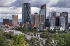 Calgary Flood 2013 - Downtown View from Crescent Heights: This could be a 1 in 100 year flood event for Calgary. Over 100,000 people are being evacuated from 25 neighborhoods.