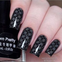 "Superb & Amazing Flower Mani By @irina_walerica Stamping Plate BP-L003(#18922)from www.bornprettystore.com . Use code ""BPSQ10"" to enjoy 10% Off for your order. #bornprettystore#stampingplate#nailart#stampingnails#flower"