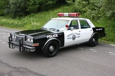 Jeffery Police NH, '78 Plymouth Grand Fury, 318 4bbl V8/727 auto/2.94 SureGrip axle and HD suspension