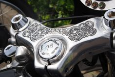 Harley-Davidson XL Sportster 1986-2003 | Rear set foot controls | Clip-on bars & fairing | One-off bodywork | 2-into-1 exhaust system | Cut-off fender struts | Japan | via RadJalopy.blogapot.com