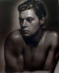 1932, world's most famous Tarzan, JOHNNY WEISSMULLER