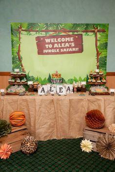 JUNGLE SAFARI THEMED BIRTHDAY PARTY-Dessert Table