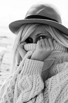 cable knit sweater, Annie Hall hat