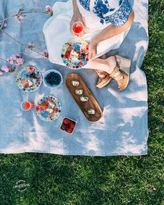 Picnic attire #LiveAlfresco #SummerResolutions