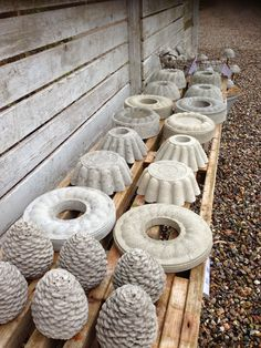 After many inquiries, you can now buy some of the concrete items that . Diy Concrete Planters, Concrete Crafts, Concrete Projects, Garden Crafts, Garden Projects, Diy Yard Decor, Concrete Sculpture, Doll House Plans, Papercrete