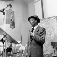 Frank Sinatra sings into a Neumann U-47 Capitol Records 1950s.