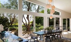 """Patrick Dempsey Selling Frank Gehry-Designed """"Tin House"""" in Malibu Patrick Dempsey, Frank Gehry, Malibu Mansion, Malibu Homes, Grey's Anatomy, Extension Veranda, Bungalow, Clad Home, Tin House"""