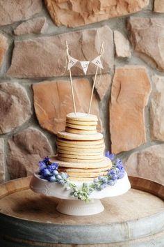 Alternative wedding cake idea for brunch wedding - pancake cake! Alternative Wedding Cakes, Wedding Cake Alternatives, Wedding Brunch Reception, Wedding Rehearsal, Cold Wedding, Pancake Cake, Pancakes, Breakfast Casserole With Biscuits, Brunch Bar