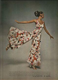 Seventies Fashion, 1960s Fashion, Vintage Fashion, 50 Fashion, Vanity Fair Lingerie, Moda Floral, Vintage Outfits, 70s Inspired Fashion, Vintage Mode
