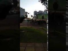 Vídeo chocante mostra grupo paramilitar formado por Black Blocs 'marchan...