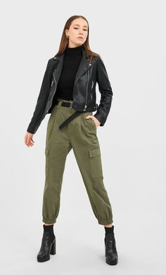 Biker jacket in Stradivarius for only £ available for a limited time. Jackets for women always on trend, come in and find out now! Basic Outfits, Ideias Fashion, Khaki Pants, Jackets For Women, Normcore, Fashion Outfits, Black, Latest Fashion, Fashion Clothes