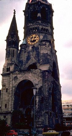 Berlin Altes Kirche aka Gebrochene Zahne--The broken tooth