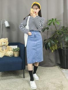 Korea fashion that look really stunning Korean Fashion Summer, Korean Fashion Trends, Korea Fashion, Asian Fashion, Trendy Fashion, Korean Summer, Long Skirt Fashion, Modest Fashion, Fashion Outfits
