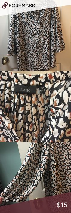 Apt. 9 blouse 1X Excellent used condition. 100% polyester blouse. Black, white, brown, ivory. 3/4 sleeve. Pleated back. Apt. 9 Tops Blouses