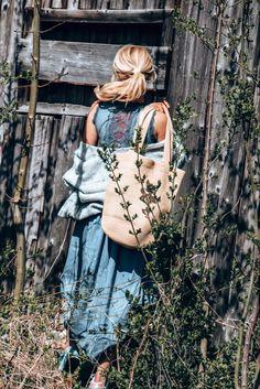 Pls. stay! #springoutfit #springstyle #springootd #frühling #frühlingsoutfit Hello Spring, Spring Outfits, Tops, Women, Fashion, Moda, Fashion Styles, Fashion Illustrations, Woman