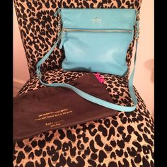 """Kate Spade """"Ellen"""" Crossbody Handbag♠️ Beautiful turquoise blue Crossbody Kate Spade bag. Gently used and in excellent condition. Cute gold-striped interior. kate spade Bags Crossbody Bags"""
