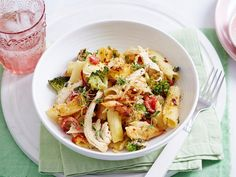 You can't go wrong with an easy pasta bake and this recipe should be next on your 'must-try' list. Just pick up a barbecue chicken on the way home, cook up some pasta and you're halfway there - easy!