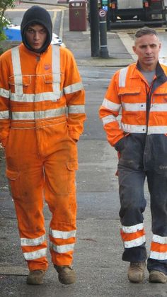 Construction Worker, Overalls, Guys, Jumpsuits, How To Wear, Blue, Men, Fashion, Boots