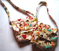 Messenger Bag Tutorial in Miniature {love the fabric}