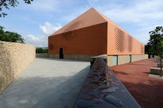 Warm Washes: 8 Buildings Clad in Terracotta