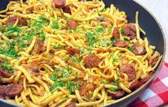 Stir-fry dish with spätzle and smoked sausage - Kitchen ♥ Love - Stir-fry dish with spaetzle and smoked sausage - Stir Fry Dishes, Best Breakfast, Easy Cooking, Food Inspiration, Casserole, Fries, Sausage, Spaghetti, Good Food
