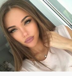 170 sеxу light brown hair color ideas page 19 Makeup Goals, Beauty Makeup, Hair Makeup, Hair Beauty, Brown Lipstick Makeup, Makeup Eyebrows, Eye Brows, Nude Lipstick, Makeup Blog