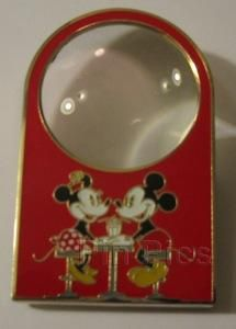 Pin 81416: DSF - Disney Soda Fountain Magnifying Lens - Surprise Pin
