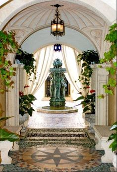 The Versace Mansion Could Soon Return To Its Former Glory