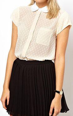 peter pan collars and black skirts <3