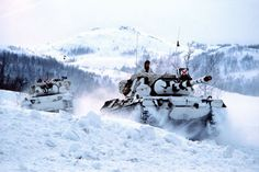 2 Norwegian Leopard-1A1 plowing through deep snow during a exercise. The norwegian Army used 172 Leopard-1 MBT until 2011 when the last remaining -A5s were decommissioned after a ceremony marking 42 years of there service. (~ Marcus) http://armorjournal.com/