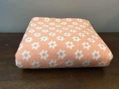 Fabric Remnant Peach Pink Vintage 60s sixties by SpaceModyssey