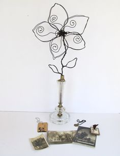 Rustic Wire Flower Photo/Note/Memo Holder on Vintage Glass Lamp Base