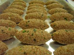 http://cozinhavegetariana.blogspot.com.br/2008/08/quibe-frito-de-soja.html