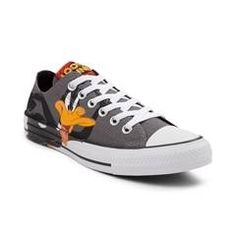 8a58aca90469 Converse Chuck Taylor All Star Lo Looney Tunes Daffy  amp  Bugs Sneaker.