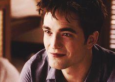 Robert Pattinson as Edward Cullen Twilight Edward, Twilight Cast, Twilight Pictures, Edward Cullen, Edward Bella, Bella Cullen, Robert Pattinson Twilight, Twilight Breaking Dawn, Robert Douglas