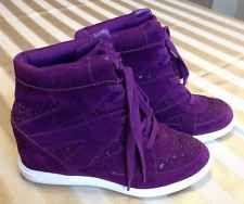 Vera Wang Princess Purple Wedge Sneakers Women's Size 8 EUC