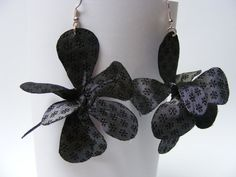 Flexible Fabric Orchid Earrings - $20 - One-of-a-kind fabric earrings, specially made so you can bend each petal to create a different flower every time! appr. 8 cm Fabric Earrings, Different Flowers, Orchids, Create, Trending Outfits, Unique Jewelry, Handmade Gifts, Etsy, Vintage