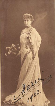 Queen Marie of Romania Christian Ix, Queen Victoria, Edinburgh, Marie, Royalty, Statue, Descendants, Queens, Europe